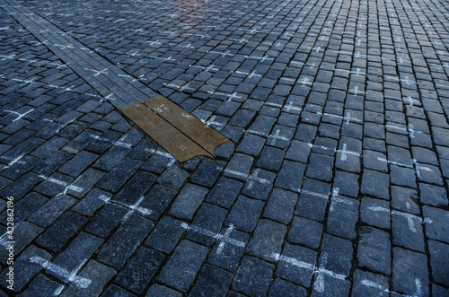 Cuadros en Lienzo Place of reverence - Old Town Square Prague on March 24th 2021