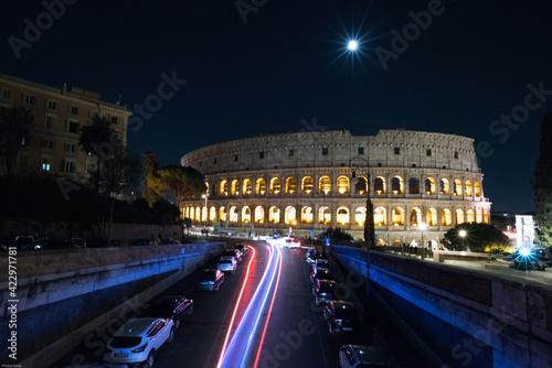 Fotografia Kolosseum bei Nacht