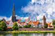 canvas print picture - Ulmer Stadtansicht mit dem Münster, der Altstadt und der Stadtmauer