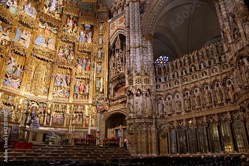 Canvas Print Interior of Primate Cathedral of Saint Mary of Toledo