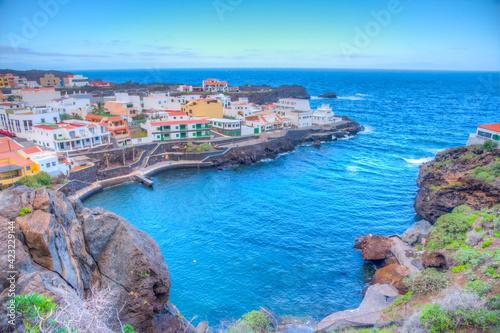 Obraz Tamaduste village situated on shore of El Hierro island at Canary islands, Spain - fototapety do salonu