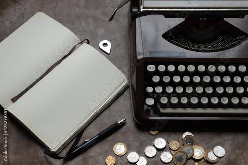 Fotografie, Obraz Tipica mesa de um escritor