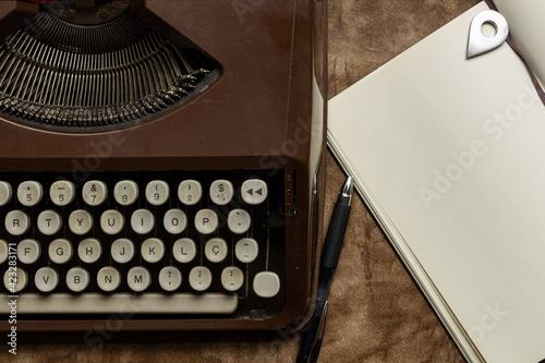 Obraz na plátně típica mesa de escritor