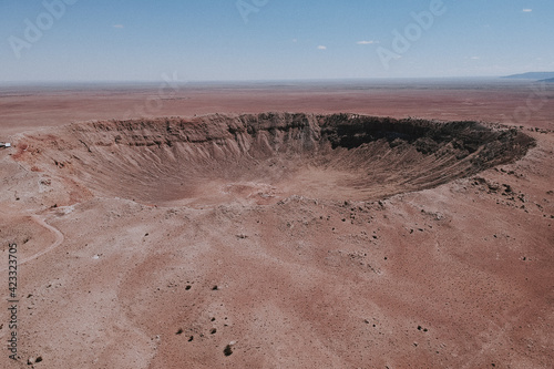 Photo meteor crater out in Arizona