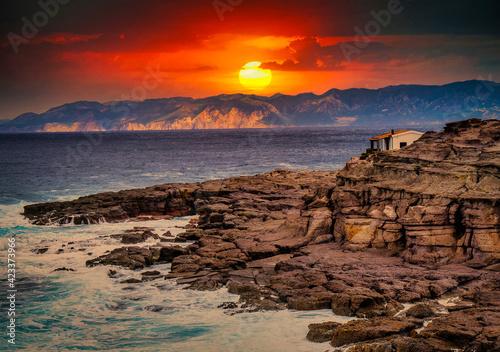 Papel de parede Spettacolare alba nell'isola di san pietro, sardegna