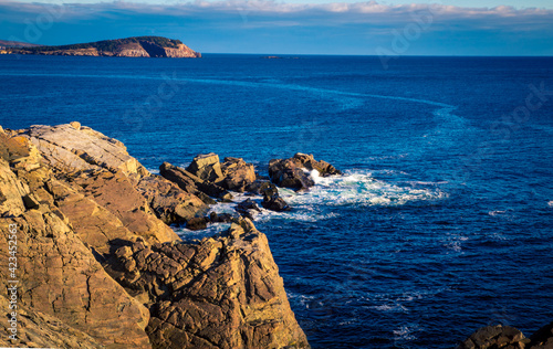 Foto rocky coast of Cape Breton Island