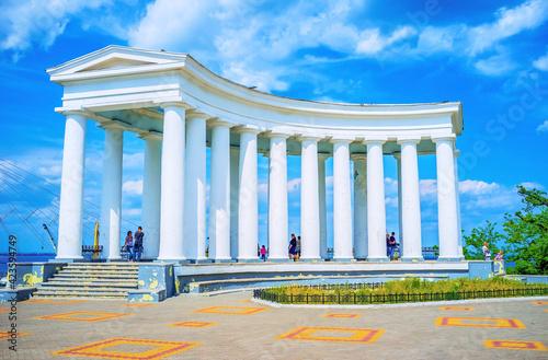 Fotografia The white colonnade of Vorontsov Palace in Odessa, Ukraine