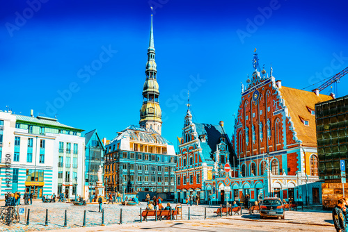 Town Hall Square (Latvian Ratslaukums) is one of the central squares of Riga, located in the Old Town Fotobehang