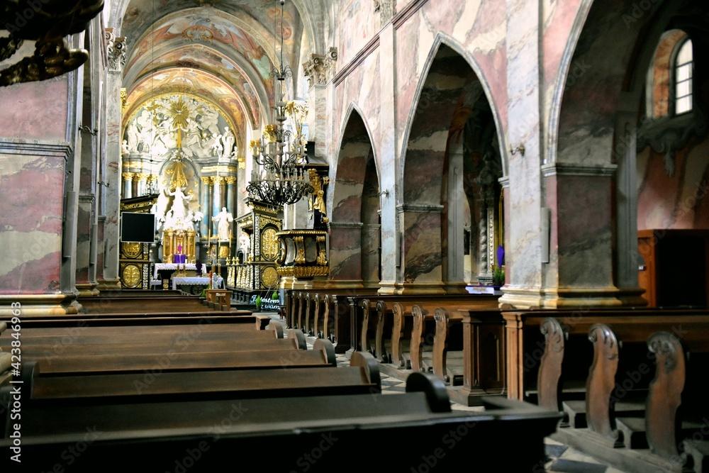 Fototapeta Archiopactwo Ojców Cystersów i Kościół Wincentego Kadłubka w Jędrzejowie, Klasztor,