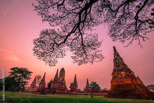 Foto Background of Wat Chai Watthanaram in Phra Nakhon Si Ayutthaya province, tourist