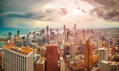 Fotografia, Obraz Chicago, Illinois, USA aerial downtown Skyline at Dusk