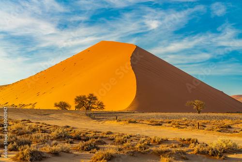 Foto Dunes of Namib Desert at Sossusvlei in the morning time, Namibia.