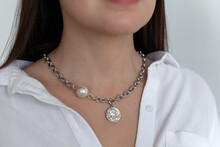 Beautiful Model Brunette In Modern Silver Metal Necklace Chain