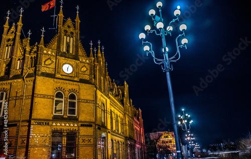 Fototapeta piękna architektura starego miasta Bydgoszcz nocą obraz