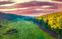 Beautiful Summer Scenery. Picturesque Morning View Of Strypa River, Ukraine, Europe. Amazing Landscepe Of Ukrainian Countryside.