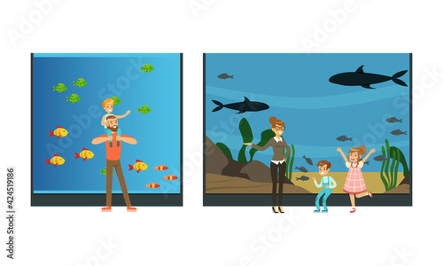 Obraz People Visiting Oceanarium, Visitors Watching Sea Animals at Excursion Vector Illustration - fototapety do salonu