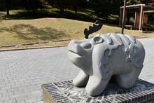 한국 백제시대무령왕릉 앞의 진묘수
