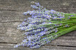 canvas print picture - Lavendel auf altem Holz
