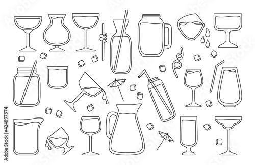 Hawaii cocktails, summer jug, jar and glass black line set. Strawberry Lemonade and Tea, Watermelon, Orange fresh Smoothie menu. Tropical drinks hand drawn flat design menu. Trendy vector illustration