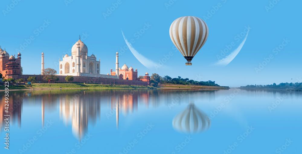 Fototapeta Taj Mahal at sunset - Agra, India