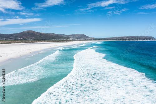 Obraz na plátne Scenic ocean waves at Atlantic coast of Cape Town