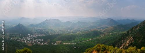 Fotografie, Obraz Panorama of Udaipur hills. Udaipur, Rajasthan, India