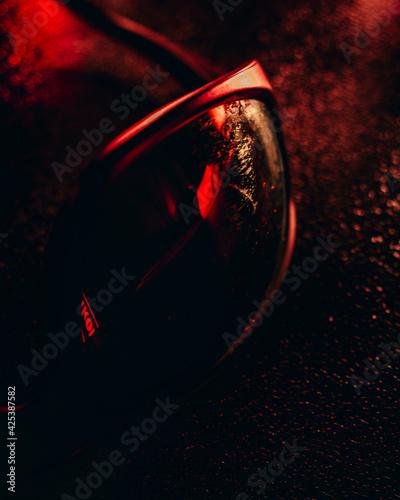 Fototapeta Produkty użytku codziennego czarne tło  obraz
