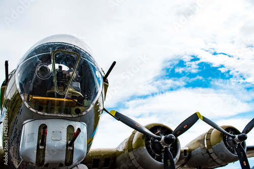 WWII bomber - cockpit and sky Fotobehang