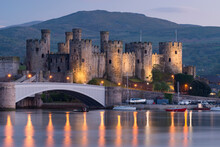 Majestic Ruins Of Conwy Castle In Evening Light, UNESCO World Heritage Site, Clwyd, Wales, United Kingdom