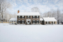 United States, New Jersey, American Colonial Style House In Winter