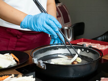 Chef Restuarant Kitchen Wear Glove Mask Blue Is Cooking Chopstick Shabu Suki Buffet Healthy Vegetable Pork Seafood Beef Customer Asain Japanese Korean China Eat Warm Hot For Protect Covid-19 Diseas