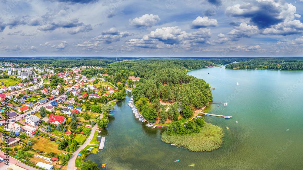 Fototapeta Ruciane-Nida -miasto na Mazurach w północno-wschodniej Polsce