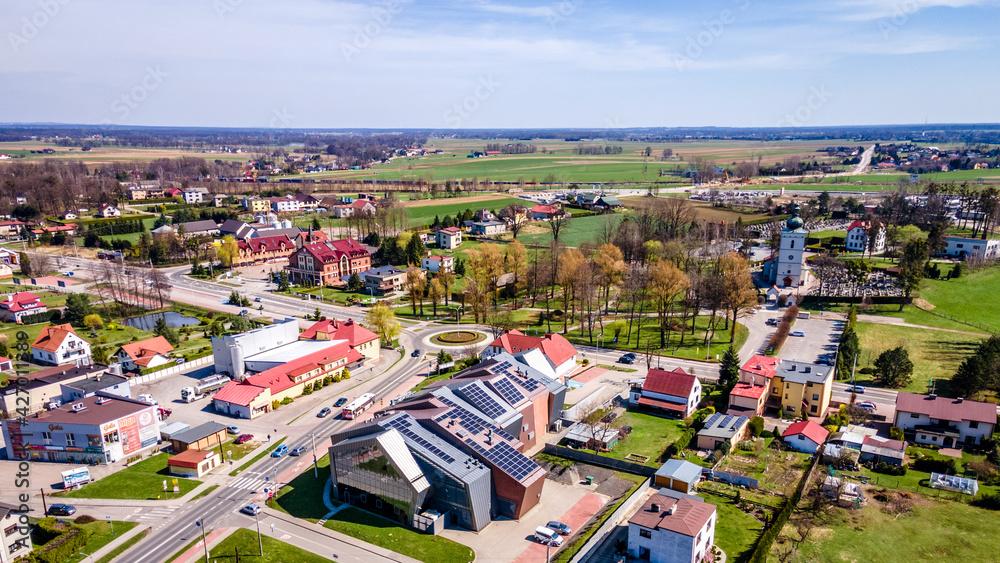 Fototapeta nowoczesna wieś Pawłowice z lotu ptaka na Śląsku w Polsce