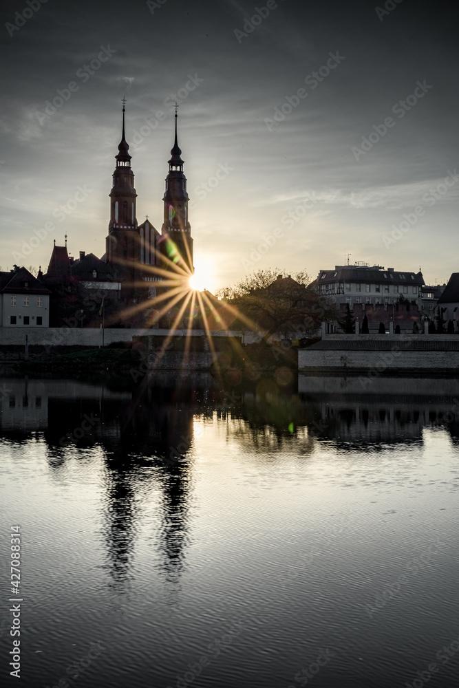 Fototapeta Opole panorama miasta nad Odrą o poranku