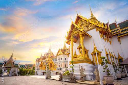 The Grand Palace of Thailand in bangkok, built in 1782, made up of numerous buil Fototapete