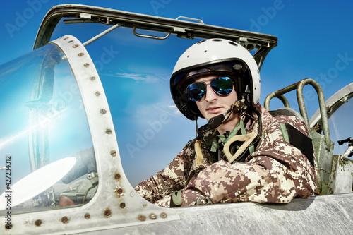 Fotografie, Obraz airman in helmet