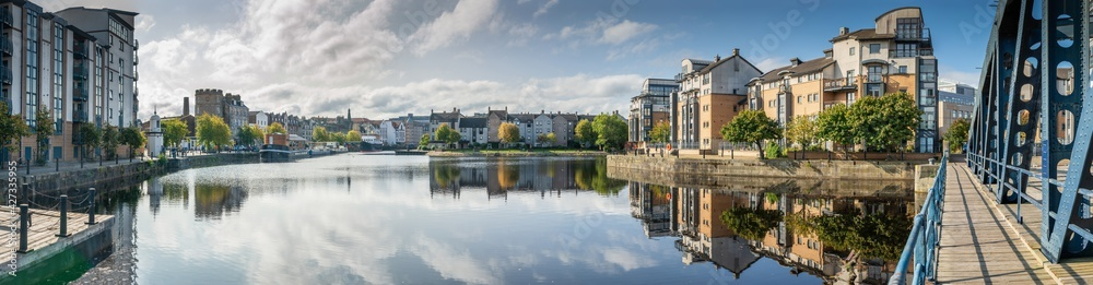 Fototapeta Water of Leith, Edinburgh, Scotland