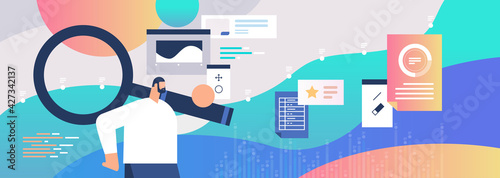 Tableau sur Toile businessman using magnifying glass web page data analyzing marketing concept hor