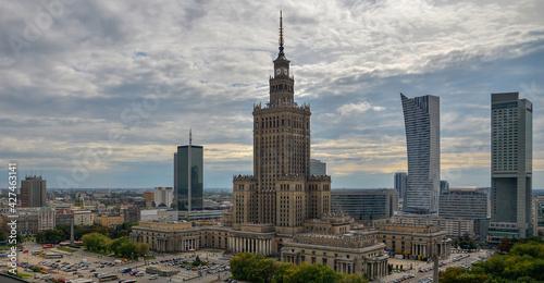Stolica polski Warszawa, widok z lotu ptaka na miejski widok #427463141
