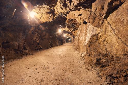 Podziemia - The underground
