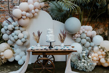 Balloon Wedding Cake Cart Display