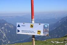 Five Fingers Es Una Plataforma De Mirador En Las Montañas Dachstein En El Monte Krippenstein, Austria.