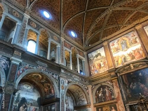 Fototapeta interior of the basilica of saint peter