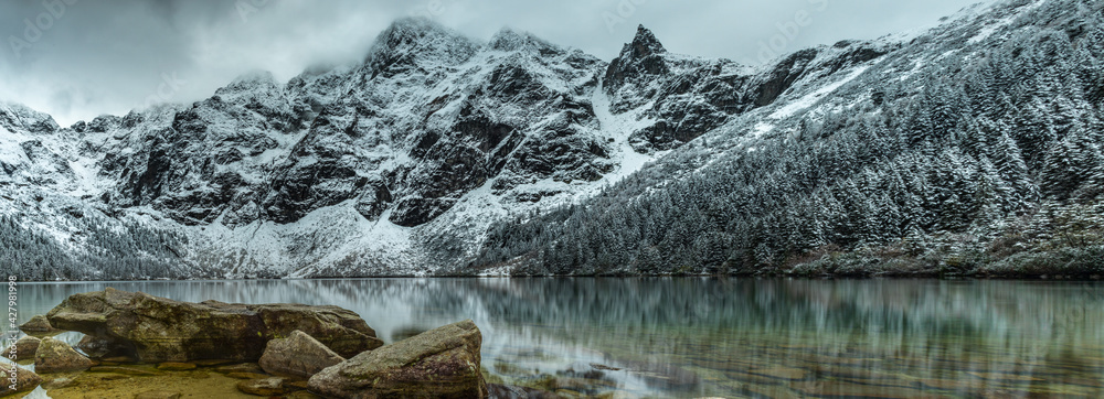 Fototapeta Morskie Oko i Mnich - Tatry Wysokie - Polska - Panorama HDR - High Tatras