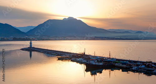 Obraz na plátně Alanya harbor and marina view from Alanya peninsula with lighthouse at amazing s