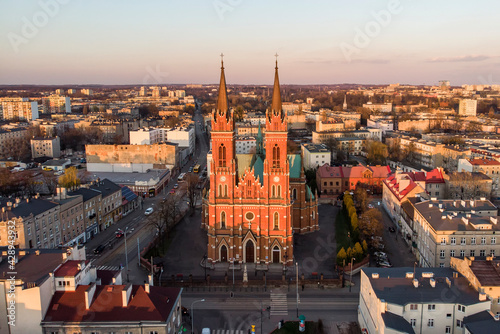 Plac Kościelny w Łodzi. - fototapety na wymiar
