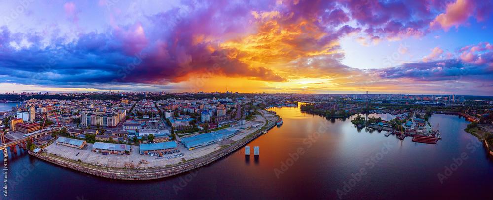 Fototapeta Sunset over Dnipro