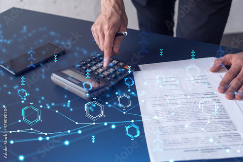 Cuadros en Lienzo A research and development specialist computing the data to create a new approach to develop high tech business