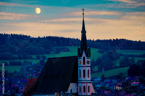 Leinwand Poster Evening view of ancient Cesky Krumlov cathedral
