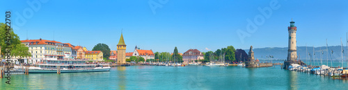 Fotografia, Obraz Panorama of Lindau harbor on Lake Constance.